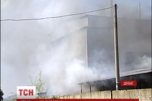 Бойовики обстрілами знищили завод, елеватор і житлові будинки в Попасній