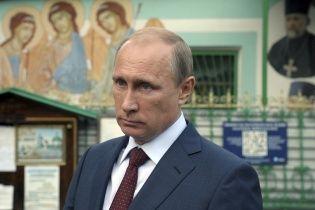 Оточення Путіна почало воювати між собою - Bloomberg