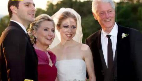 Білл Клінтон показав новонароджену онучку