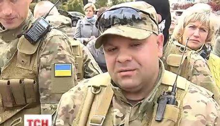 63 добровольці сьогодні вперше поїхали на Схід із Києва