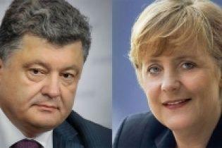 Порошенко договорился встретиться с Меркель в Милане