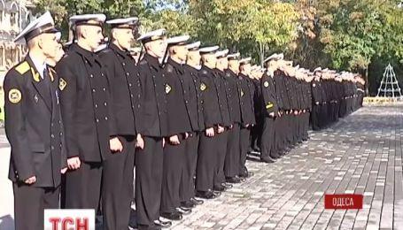 Сегодня ученики военно-морского лицея в Одессе приняли присягу