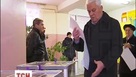 Первый президент Украины долго определялся с кандидатом по мажоритарке