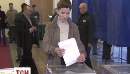 Жена Порошенко Марина уже проголосовала на парламентских выборах