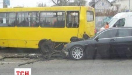 На Краснозвездном проспекте в Киеве произошла масштабная авария