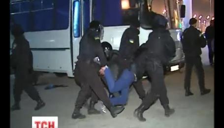 Противники будівництва торгівельного центру побились з міліцією