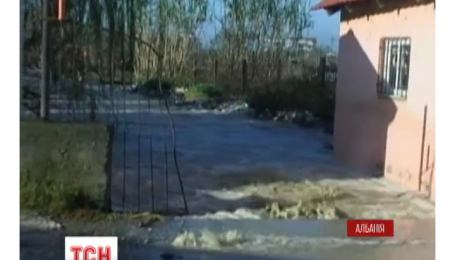 В Албанії через повені загинуло щонайменше троє осіб