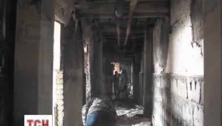 В Грозном начали разбирать завалы в Доме печати