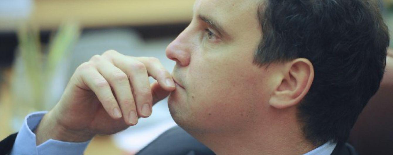 Благодаря лазейке в украинских законах чиновники-иностранцы могут два года иметь двойное гражданство – СМИ
