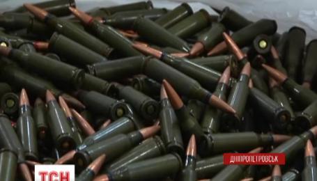 Військового, що продавав боєприпаси із зони АТО, затримали правоохоронці