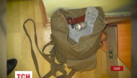 На вокзалі у Львові знайшли рюкзак з гранатою