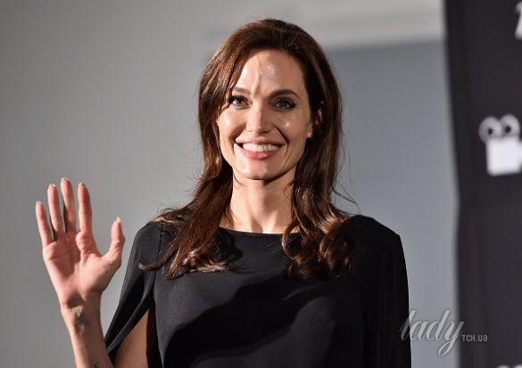 Анджелина Джоли _1