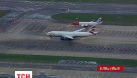 Лондонські авіалінії досі частково блоковані через системний збій