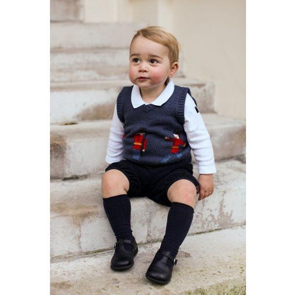 Принц Георг отмечает двухлетие: трогательные снимки сына герцогов Кембриджских