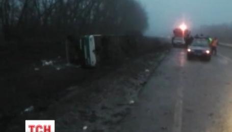 Под Полтавой в аварию попал автобус с 48 пассажирами в салоне
