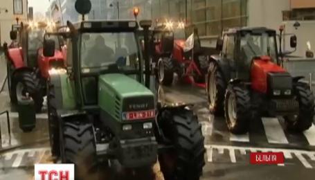 Бельгійські фермери тракторами блокують штаб-квартиру Євросоюзу в Брюсселі