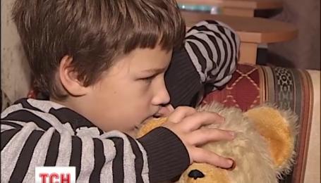 Крымский милиционер и киевская домохозяйка не могут поделить детей