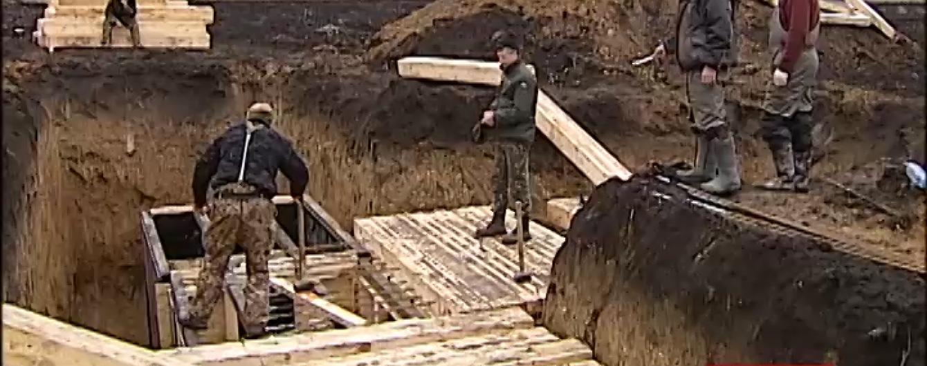 """Росіяни б'ють по морпіхах під Маріуполем підступними снарядами-""""кротами"""""""