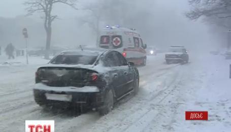 Сильні снігопади, хуртовини і замети накриють Україну