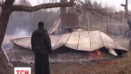 На Чернігівщині священику спалили хату