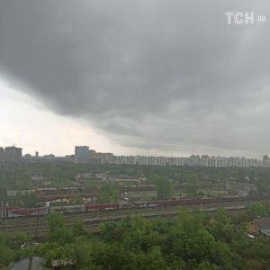 Київ накрила потужна злива: фото та відео