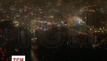 Сидней громко и ярко встретил Новый год