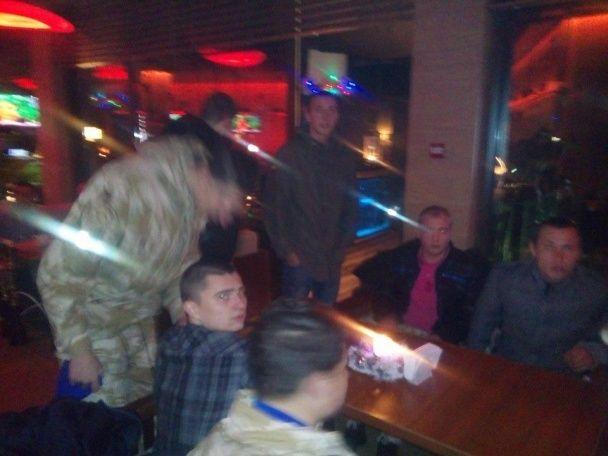 Активисты застали актера Панина в Одессе и заставили извиняться за антиукраинские заявления
