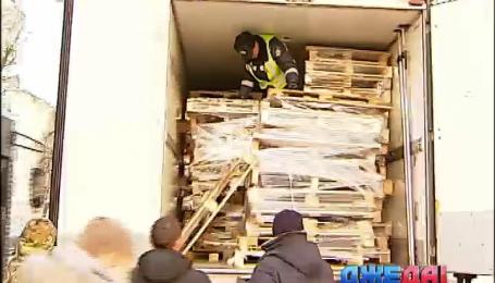 ГАИ в Киеве ввела запрет на шины в багажнике