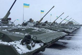 Військові отримали нову партію модернізованої техніки: винищувачі, танки та БМП