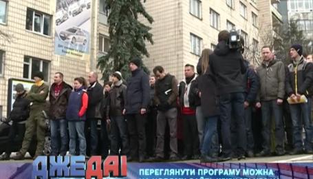 На улицы Киева милиция вышла вместе с самообороной