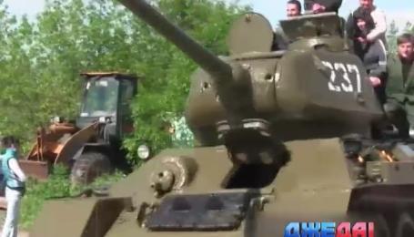 В мае 2014 на Донбассе появилась российская спецтехника