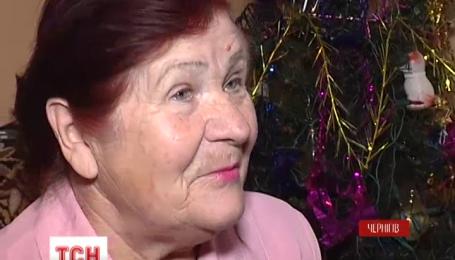 В Чернигове пенсионерка устроила в своей квартире засаду на мошенников