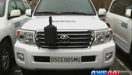 Великобритания передала на Донбасс десять бронированных Land Cruiser'ов
