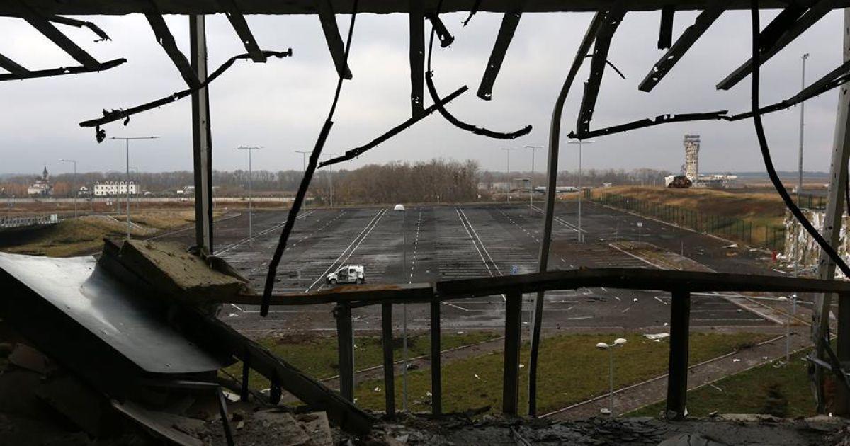 Вид из нового терминала @ facebook.com/sergei.loiko