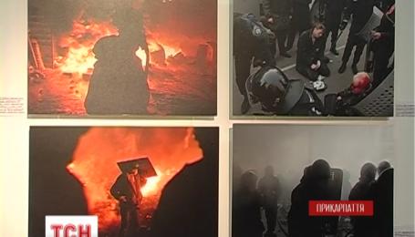 В Івано-Франківську відкрили посмертну виставку світлин бійця Віктора Гурняка