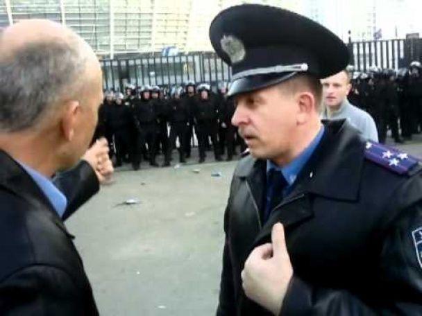 Экс-замглавы киевской милиции, которого ищут за разгон Майдана, в России разгонял протест на Манежной
