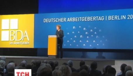 Меркель не пригласит Путина на саммит G7