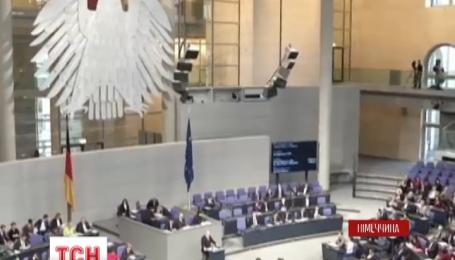 Меркель ошибочно назвала антисемитизм гражданским долгом Германии