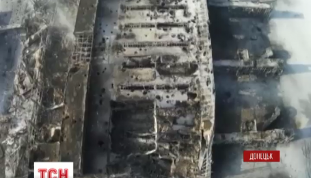 В Донецькому аеропорту триває запеклий бій