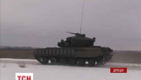 Українські десантники прокладають «дорогу життя» кіборгам