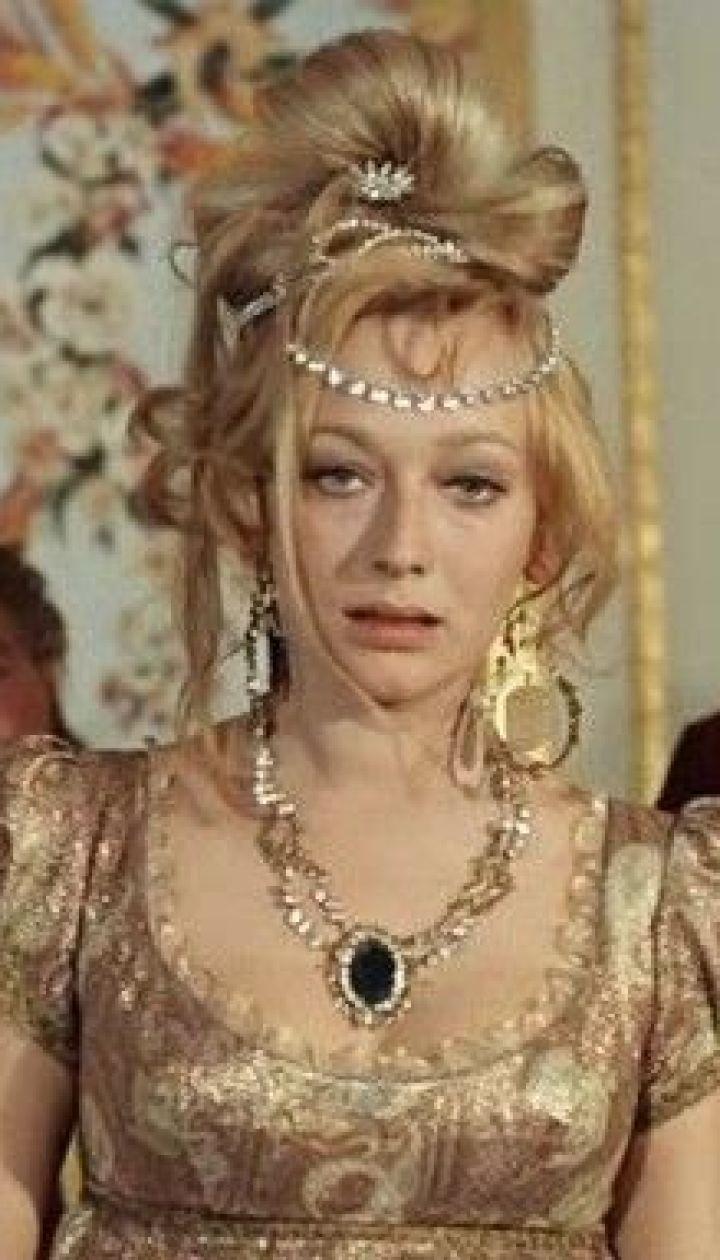 aktrisa-antoniya-santilli-eroticheskie-filmi