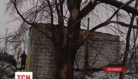На Луганщине боевики активно палят по всем передовым позициях