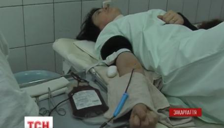 Мукачеве збирає кров для поранених бійців