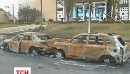 Боевики напали на крупнейший отель в ливийской столице