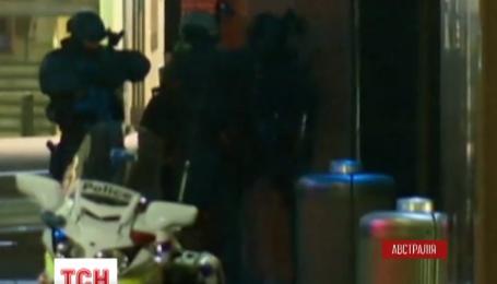 Одна із жертв драми із заручниками в кав'ярні Сіднея загинула від кулі поліцейського