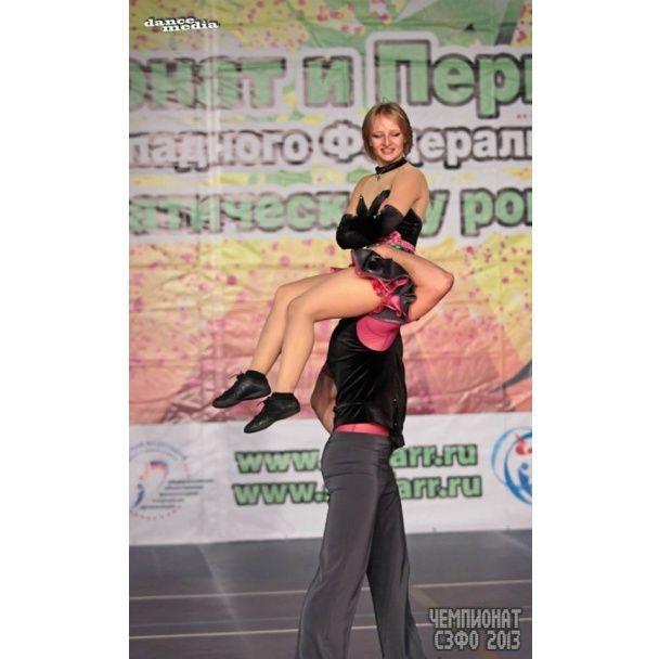 В сети показали фото и видео загадочной дочери Путина: экспрессивные танцы и яркие купальники