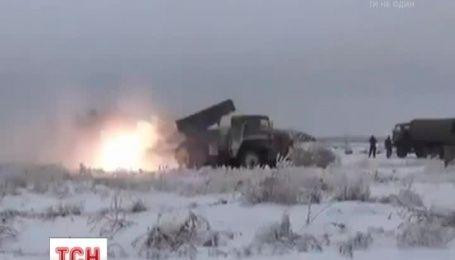 За сутки боевики 87 раз обстреляли украинских военных