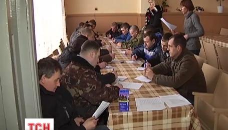 У Чернігові психологи допомагають військкоматам відібрати мобілізованих до війська