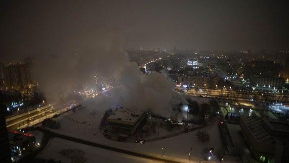 пожежа в бібліотеці в Москві