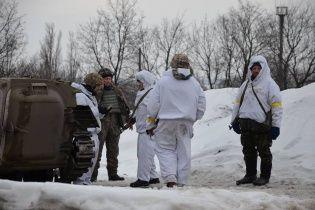 """Українські військові тримають оборону Дебальцевого і """"котла"""" там немає"""